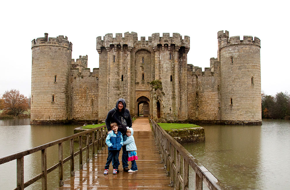Enjoying typical English weather at Bodiam Castle.
